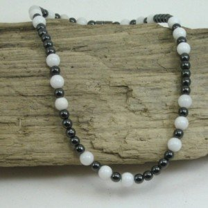 white howlite large necklace